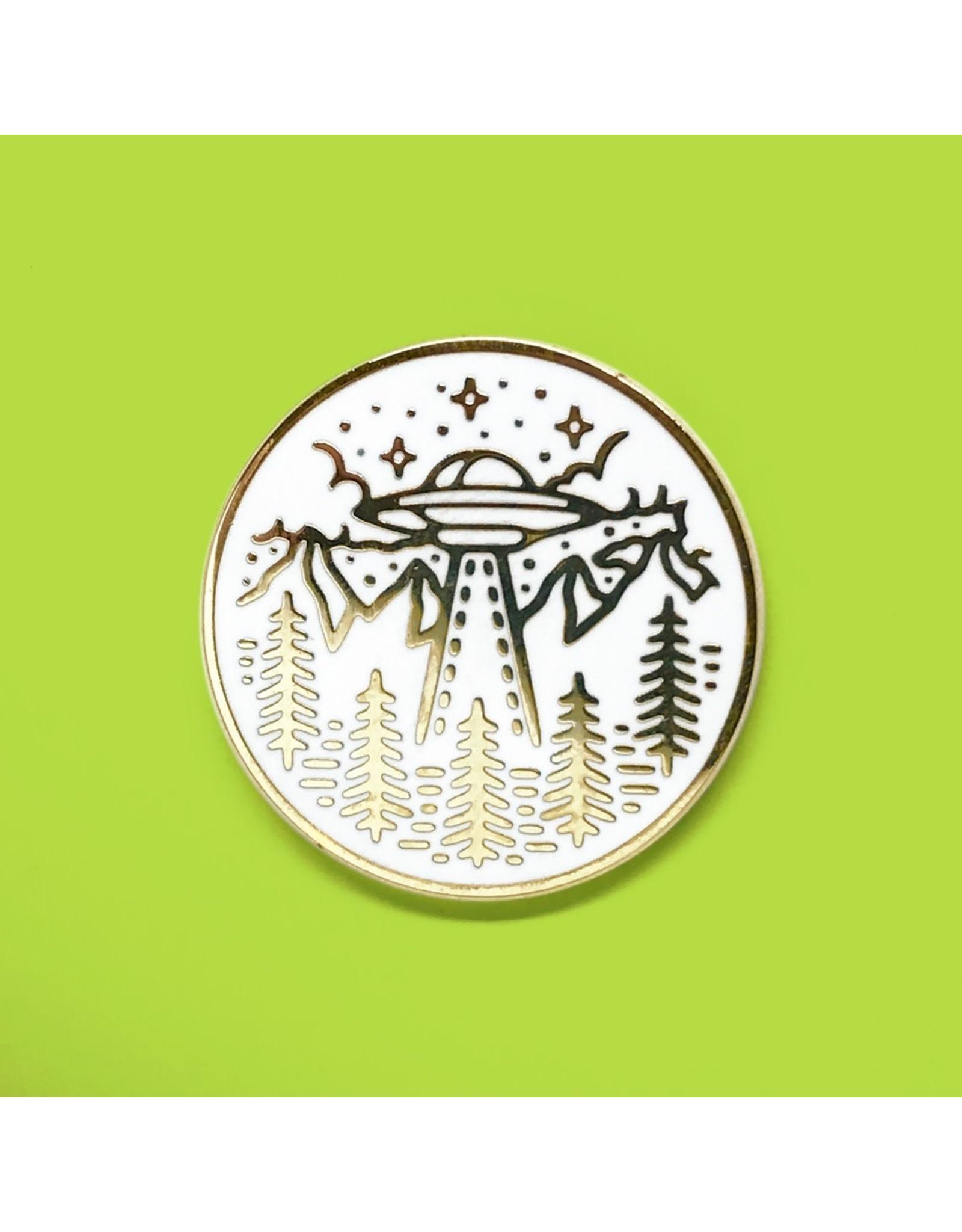 Enamel Pin UFO White Gold Enamel Pin
