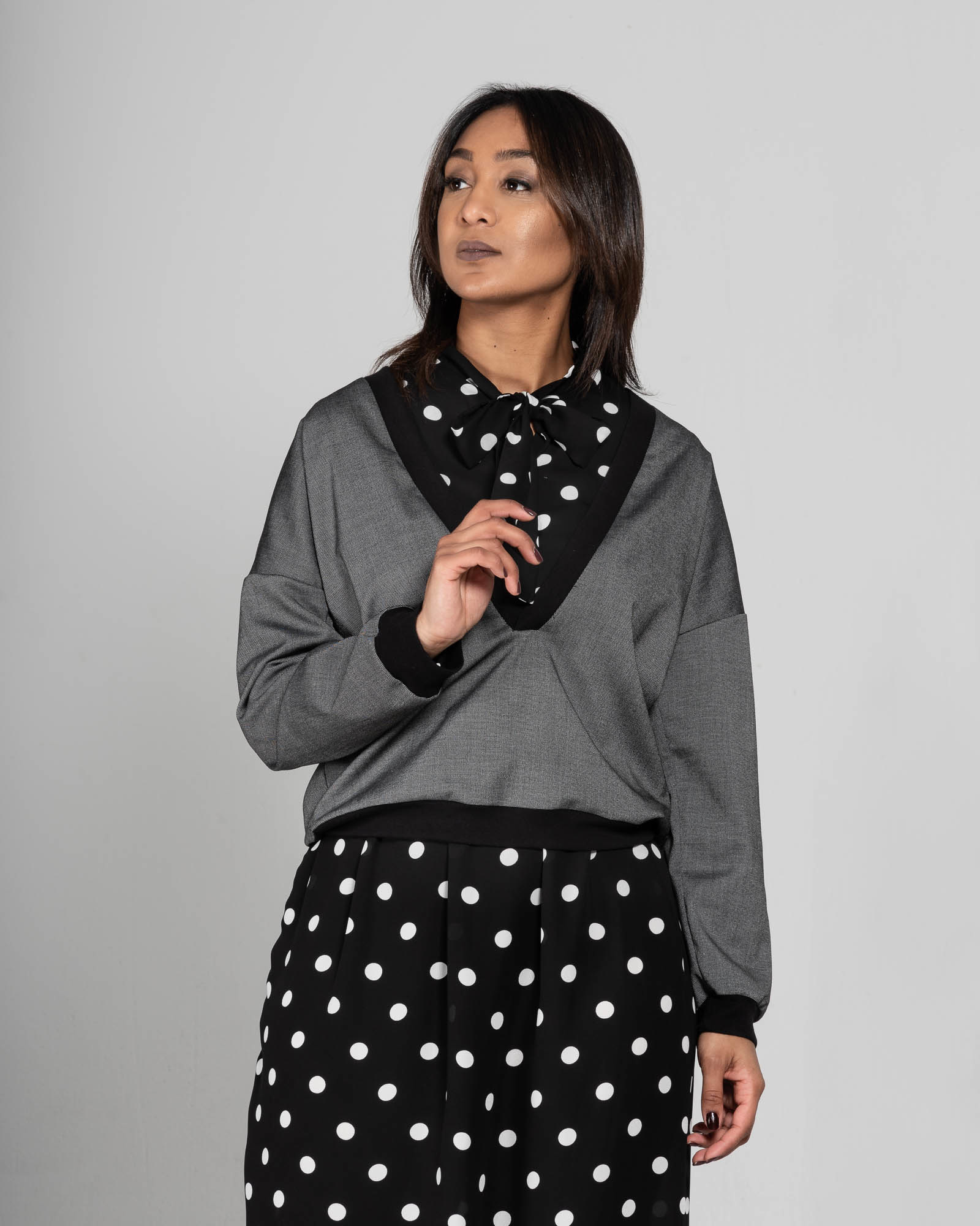 Anisa- Dress with polka dots-1