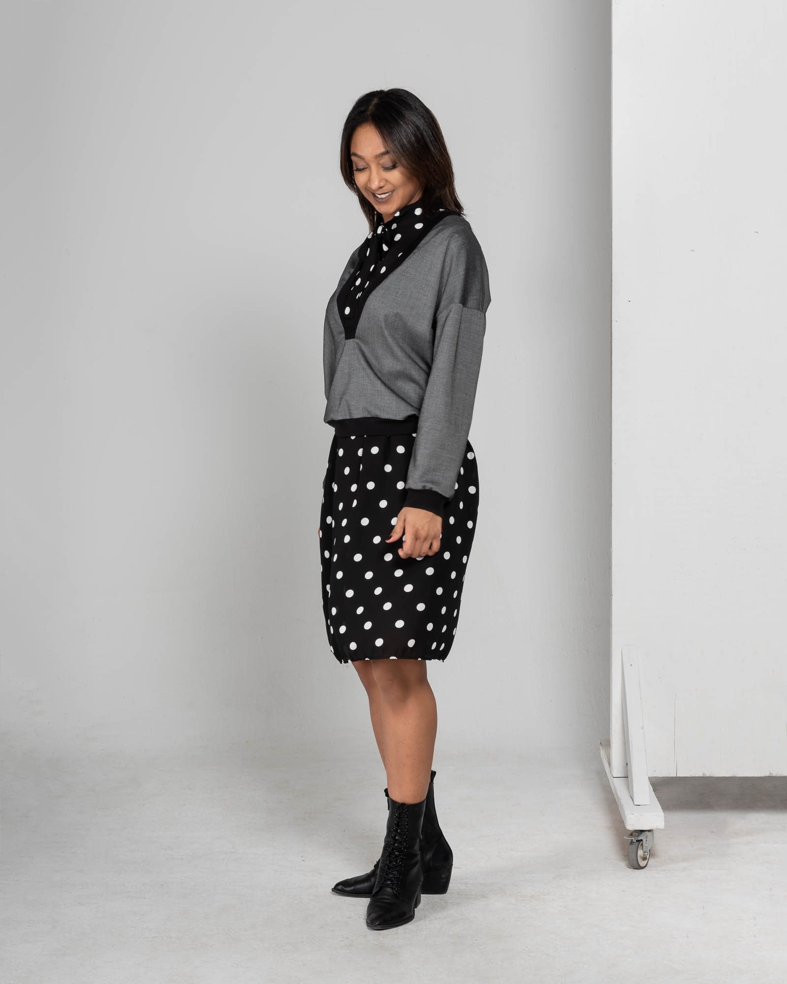 Anisa- Dress with polka dots-4