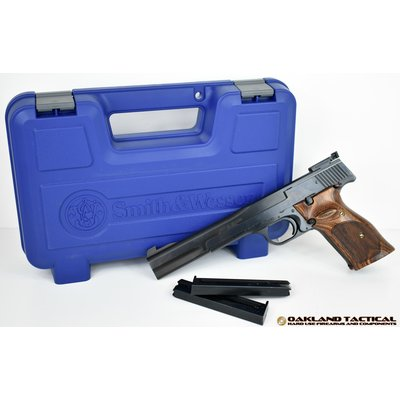 "Smith & Wesson Smith & Wesson Model 41 7"" 22LR Blue MFG #130512 UPC #022188305128"