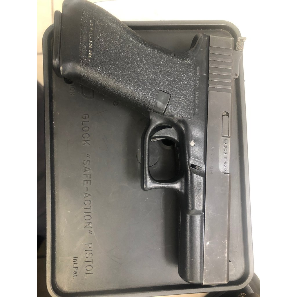 "(Pre-Owned) Glock 17 Gen 1, Original ""tupperware"" with stickers"