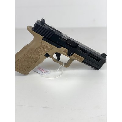 "Zev Technologies BUILT ZEV OZ9 COMBAT 9MM 4.5"" 17RD FDE MFG# OZ9-STD-COMBAT-B-B UPC# 811338035189"