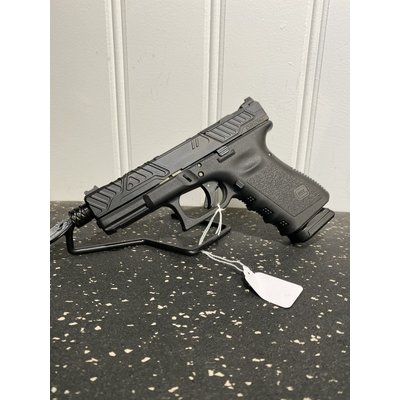 Glock (consignment) Glock 19 Gen 3  w/ Zev Orion slide and Zev barrel