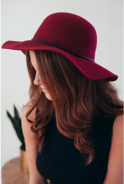 Burgundy Felt Black Leatherette Band Hat
