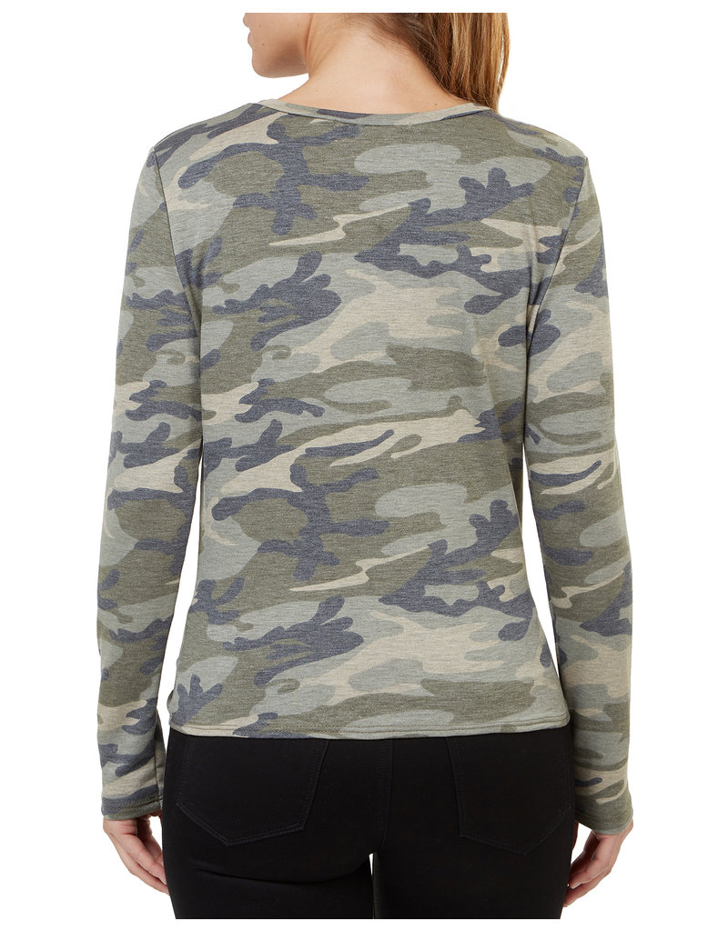 Numero Brands LS Knit Top Twist Front