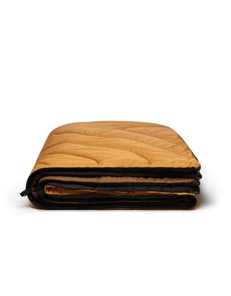 Rumpl Solid Puffy Blanket 52x75 MIcro Geo