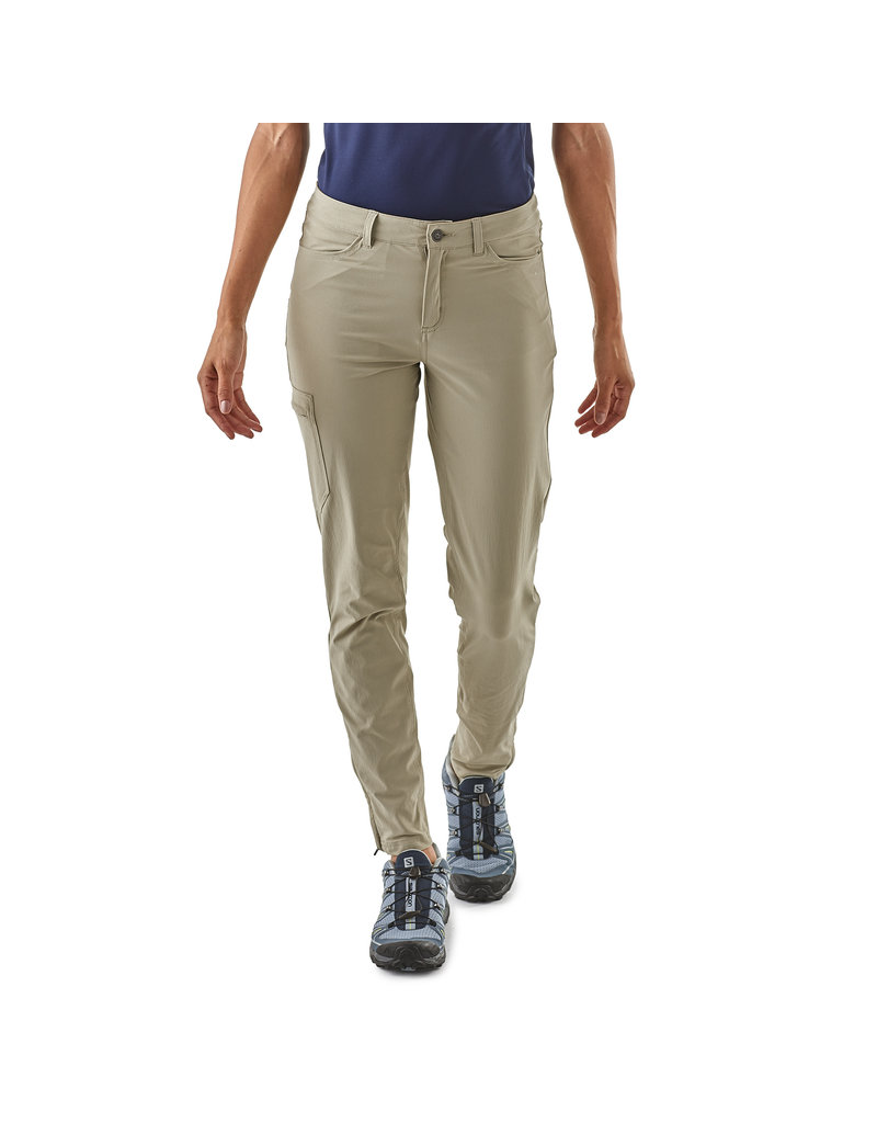 Patagonia W's Skyline Traveler Pants - Short