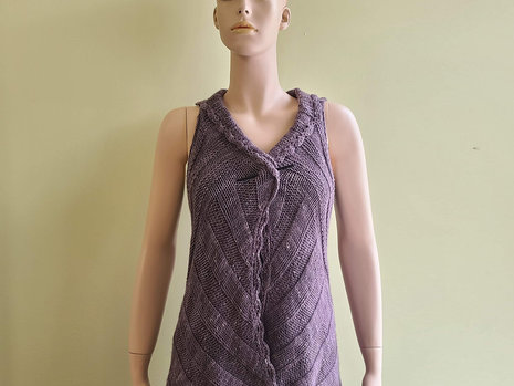 Shop Sample: Vine Street Vest - Completed!