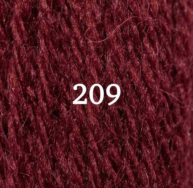 Appletons Appletons Tapestry Yarn Hank 209 5g