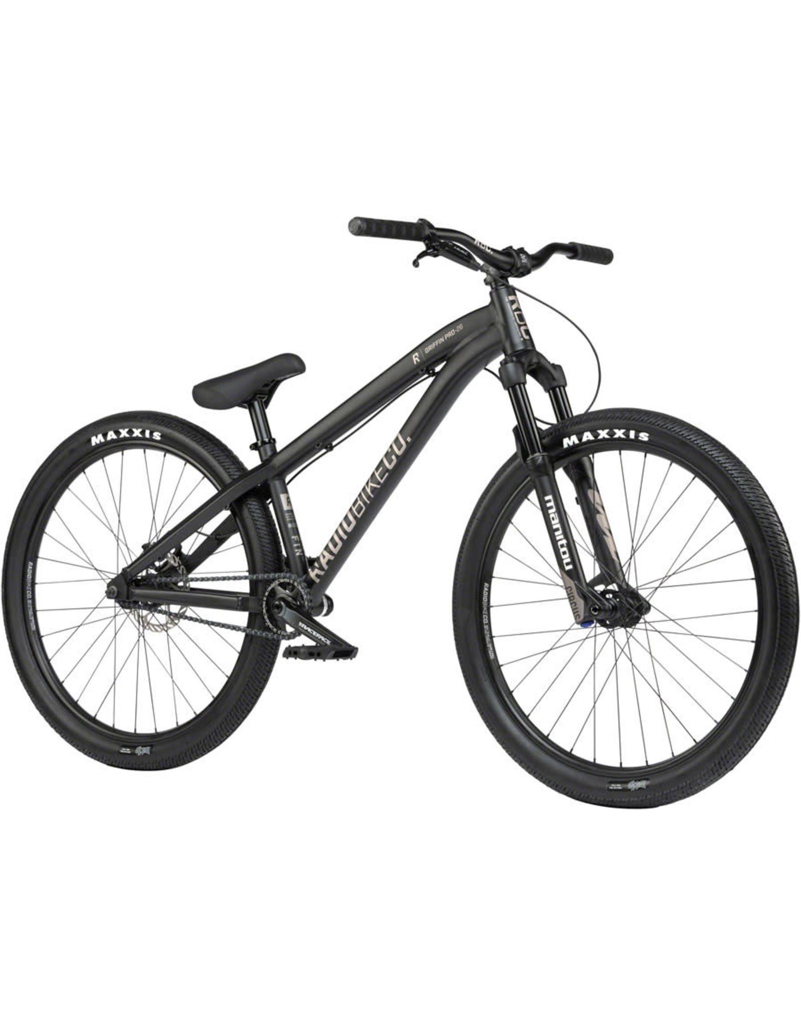 "Radio Radio Griffin Pro 26"" Dirt Jump Bike - 22.8"" TT, Matt Black"