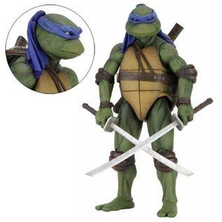 NECA Teenage Mutant Ninja Turtles: Leonardo 1:4 Scale Action Figure