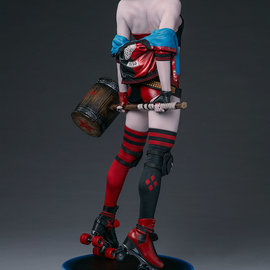 Sideshow Collectibles Harley Quinn: Hell on Wheels Premium Format Figure (Preorder)