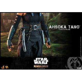Hot Toys Star Wars- The Mandalorian: Ahsoka Tano 1:6 Scale Figure (Hot Toys) (PREORDER)