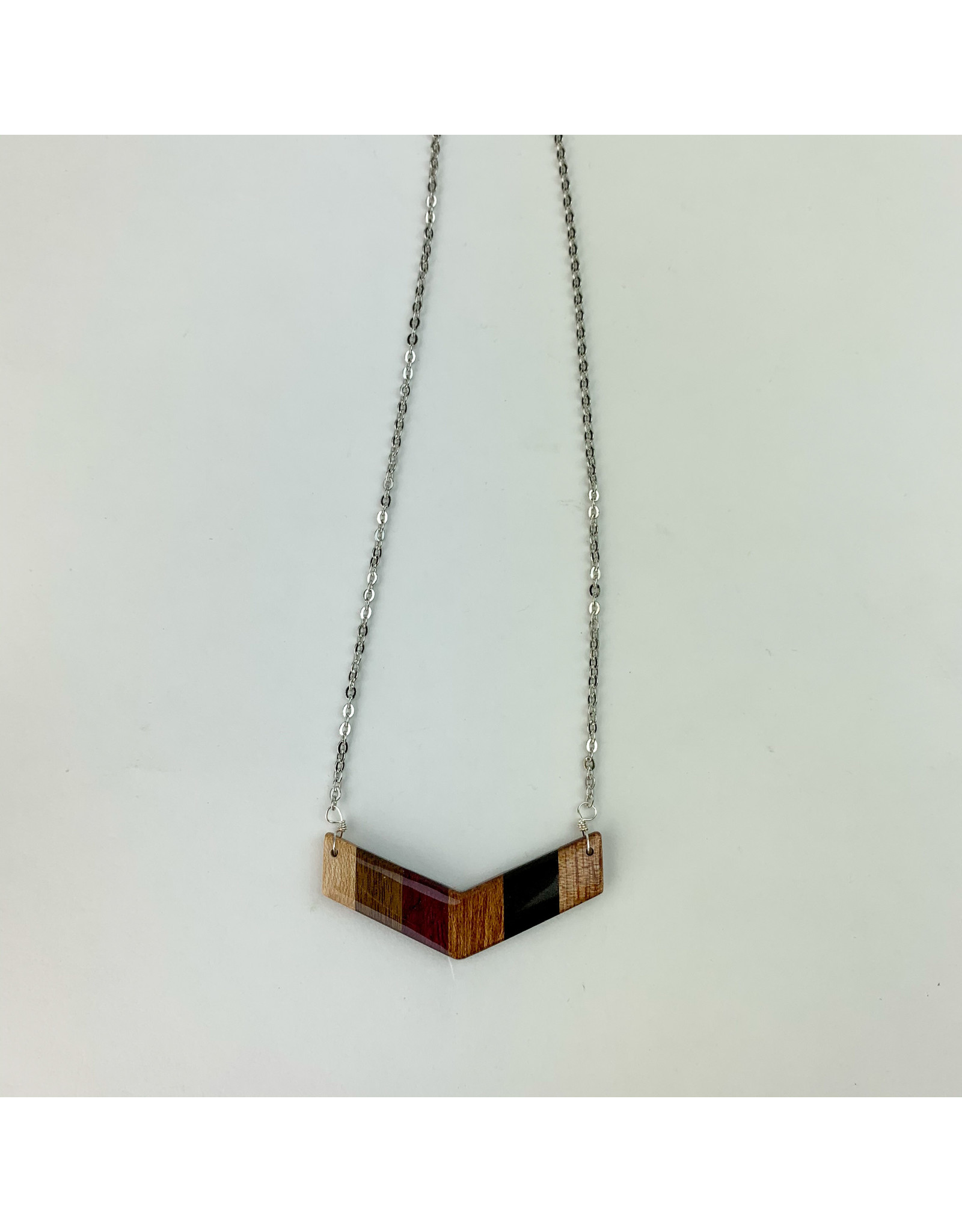 Melinda Wolff-consignment N5-L Wood Necklace: Chevron