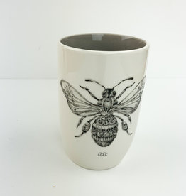 Creative Co-Op Round Stoneware Cup with Bumblebee