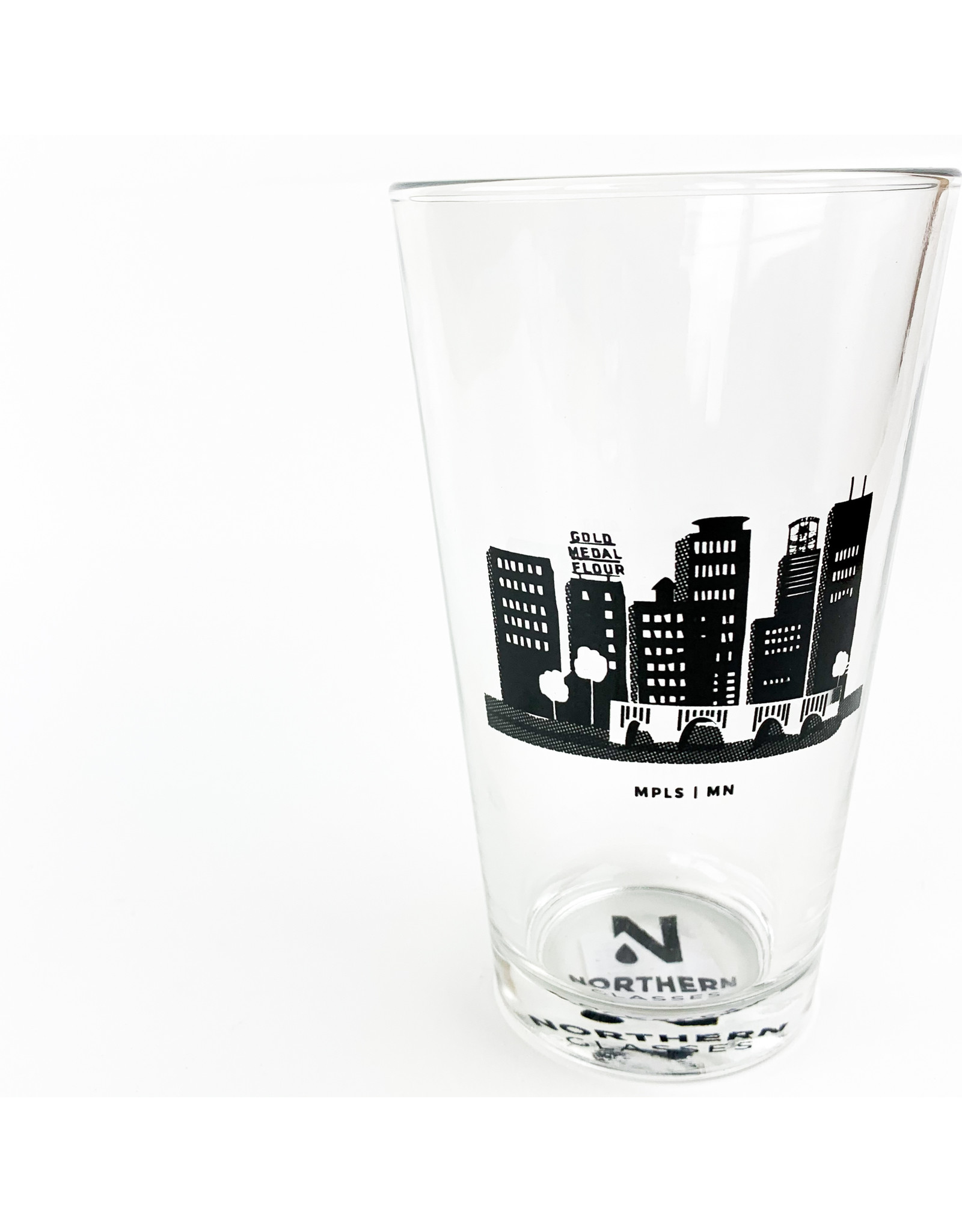 Northern Glasses Twin Cities Skyline Pint
