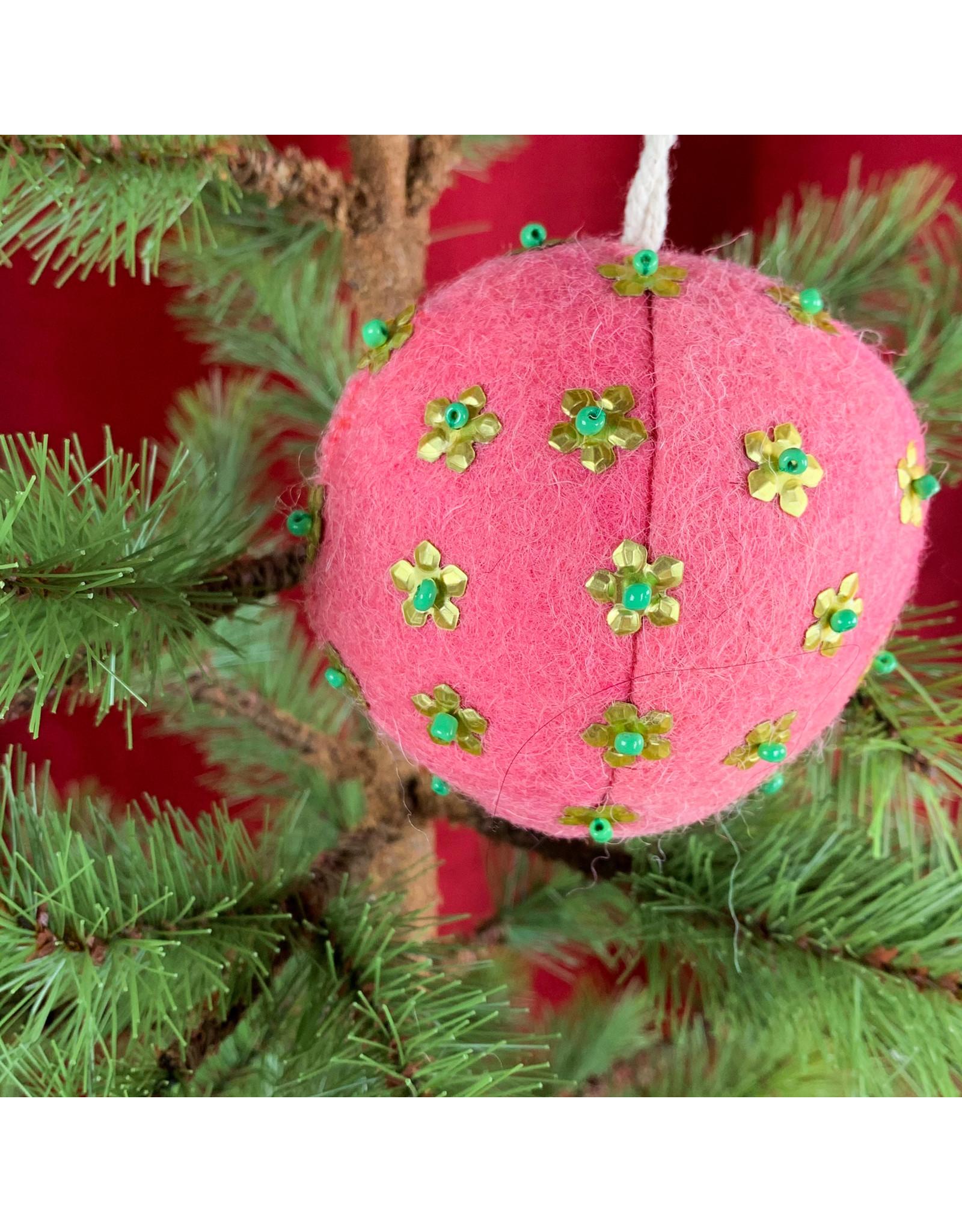 Creative Co-Op Wool Ornament W Metal Dark Pink