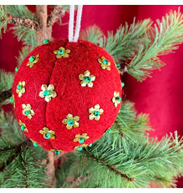 Creative Co-Op Wool Ornament W Metal Red