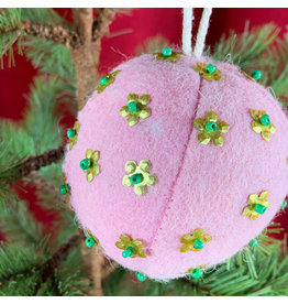 Creative Co-Op Wool Ornament W Metal Light Pink