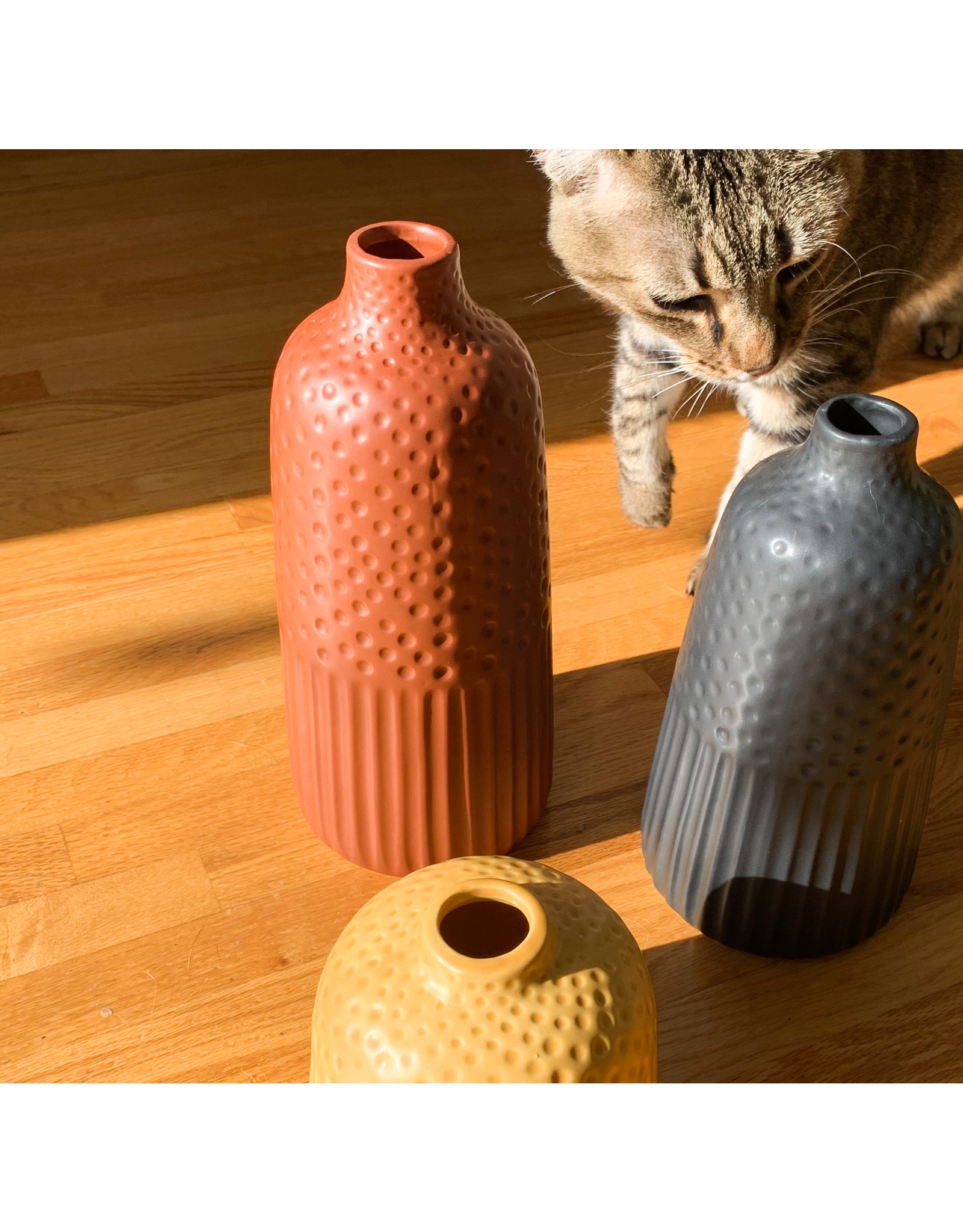 Creative Co-Op Embossed Stoneware Vase Red