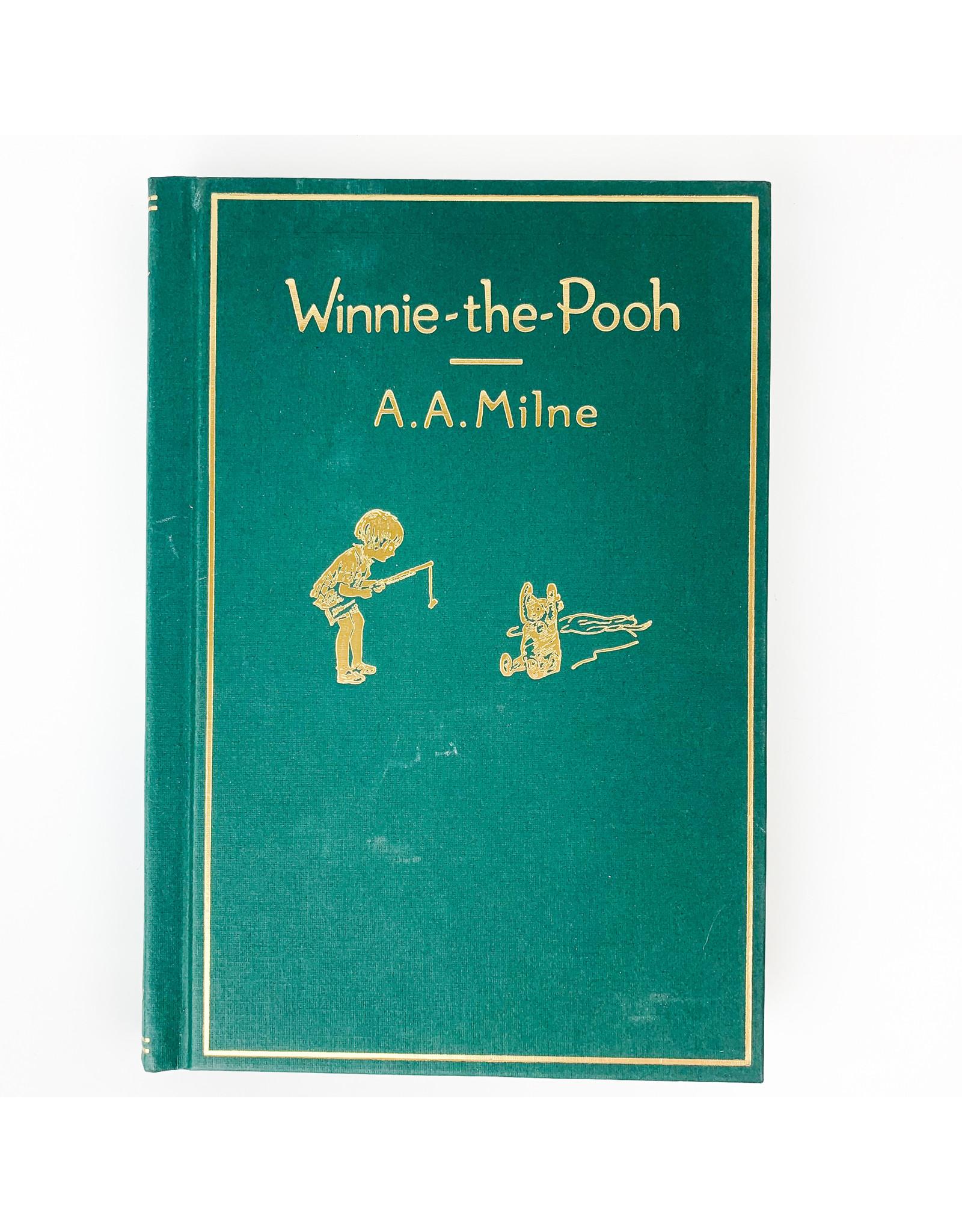 Hachette Winnie the Pooh Storybook Treasury