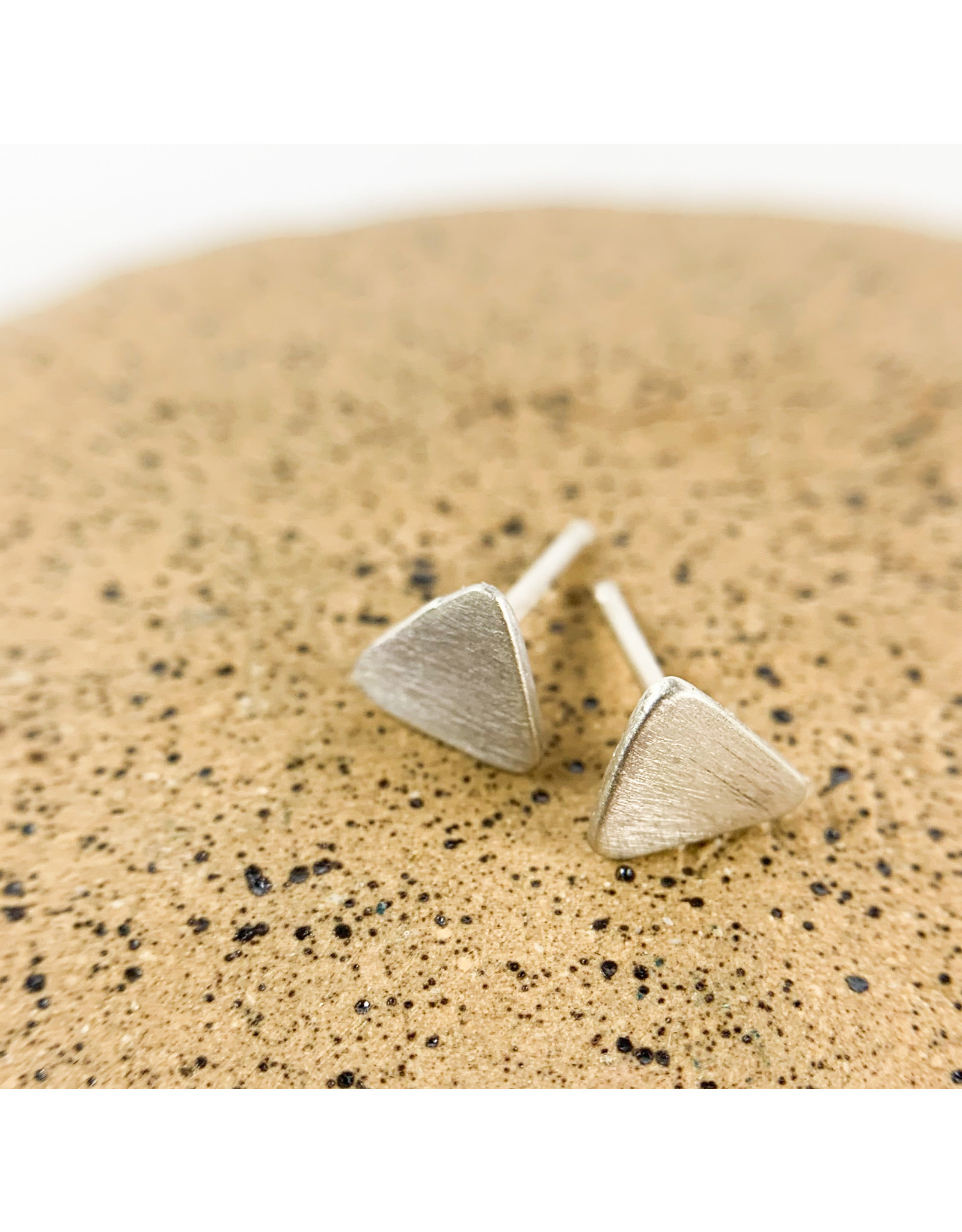 Solid Triangle stud-silver