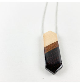 """Melinda Wolff-consignment Elongated Wood Hexagon Necklace 18"""" N40"""