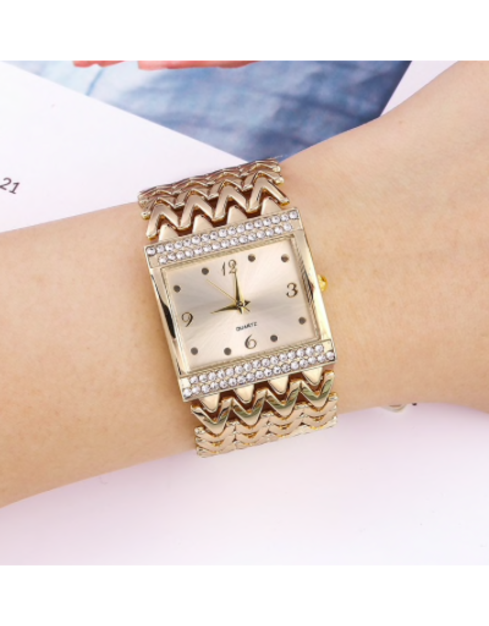 Fashion watch Fashion watch carrée or