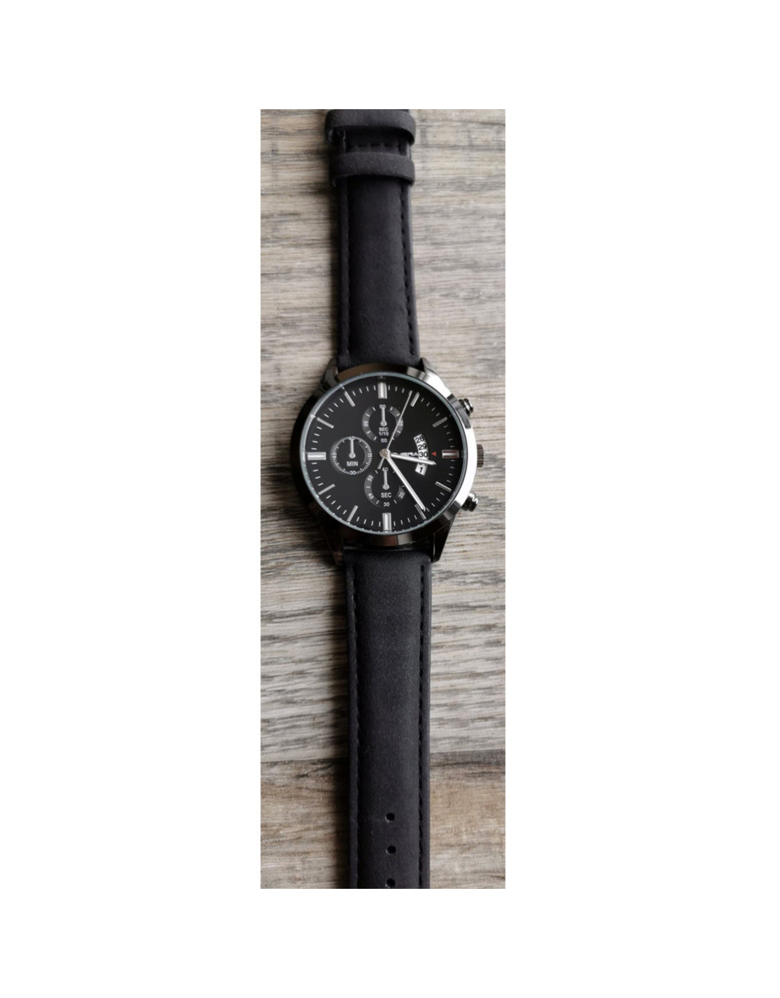 Cuena Bracelet noir, fond noir