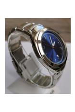 Fashion watch Argent fond bleu