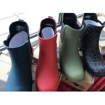 Roma Matte  Boots