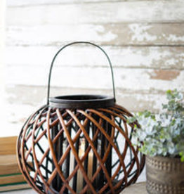 Kalalou Round brown willow lantern w/wooden handle \ LG