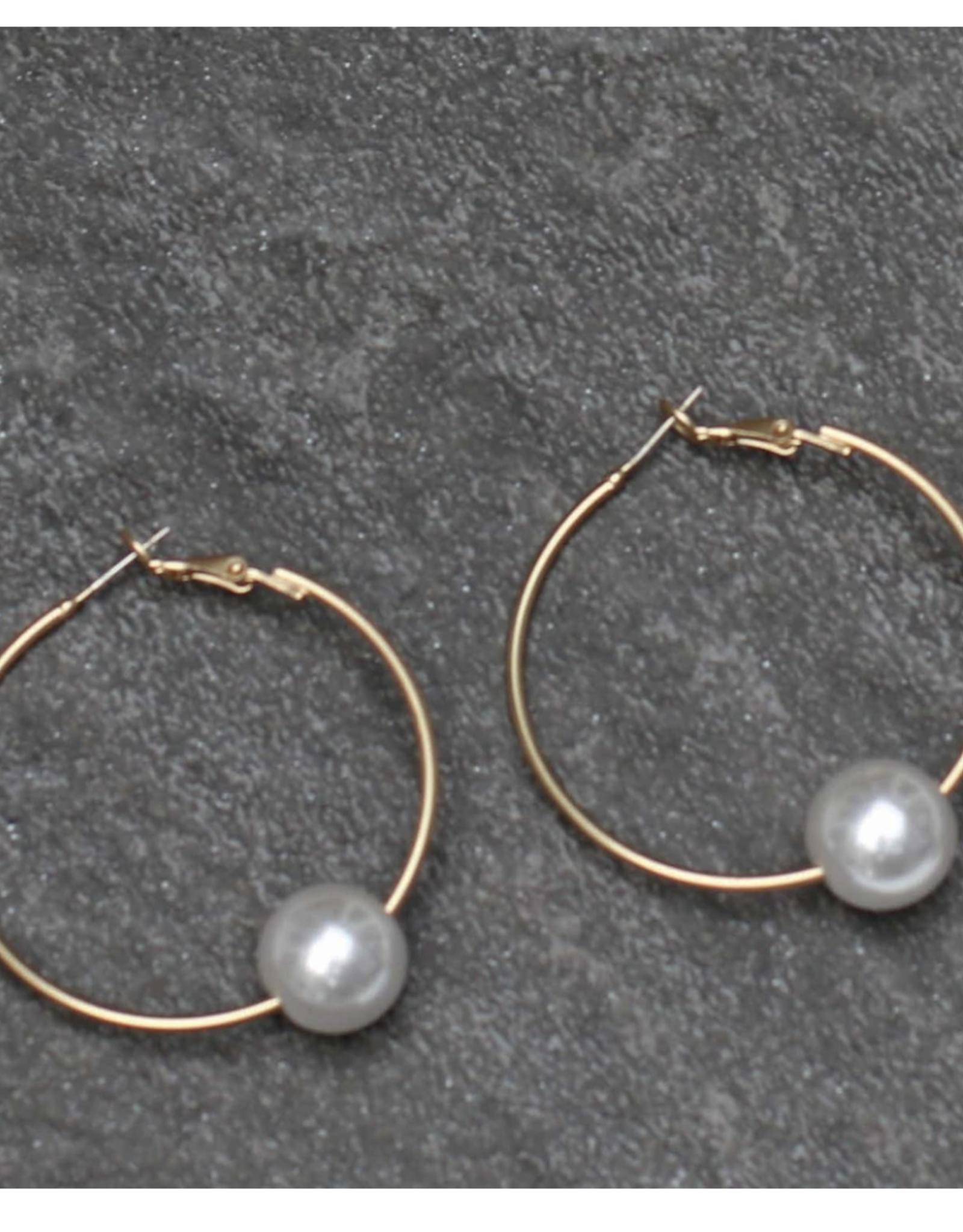 Michelle McDowell Gold yani earrings