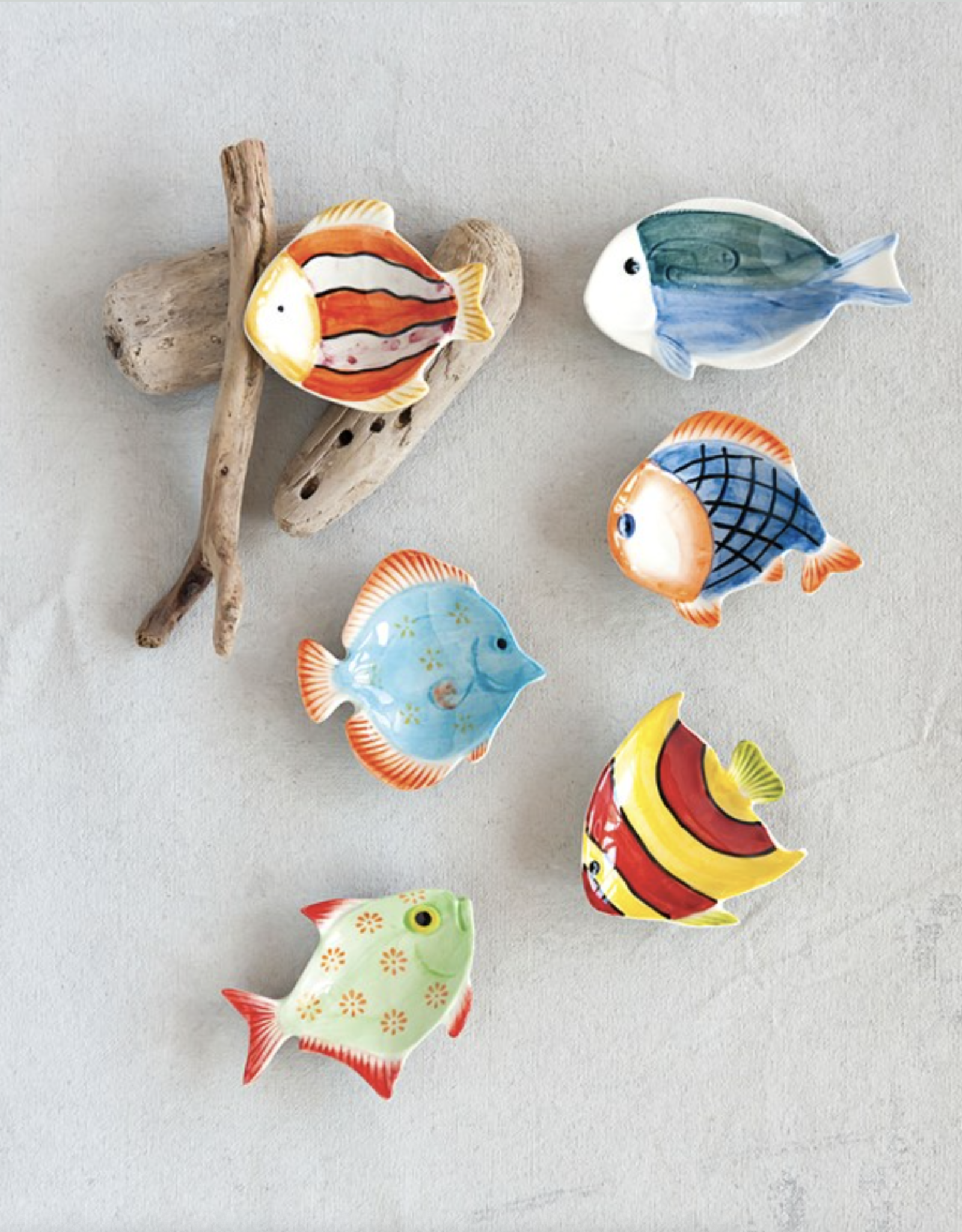 "Creative Co Op Fish Dish 3"" ceramic"