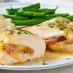 KETO CLUB Meal Cordon Bleu Chicken with Green Beans with Butter 265g