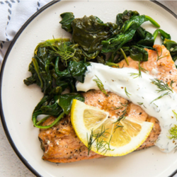 KETO CLUB Meal Grilled Salmon with Yogurt and Mint Sauce with Butter Asparagus 240g