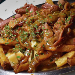 KETOCLUB Traditional Smoked Meat Keto Poutine Meal 375g