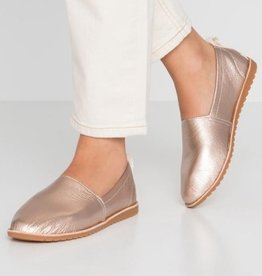 Ella slip on shoe