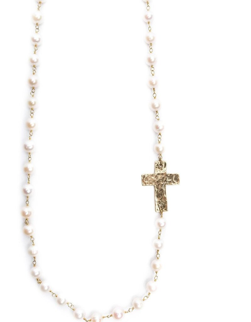 DW LARIAT GOLD HAMMERED CROSS WITH PEARLS /ANTIQUE BRASS CHAIN