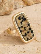 urbanista Rectangle natural stone with hammered metal accent Ring