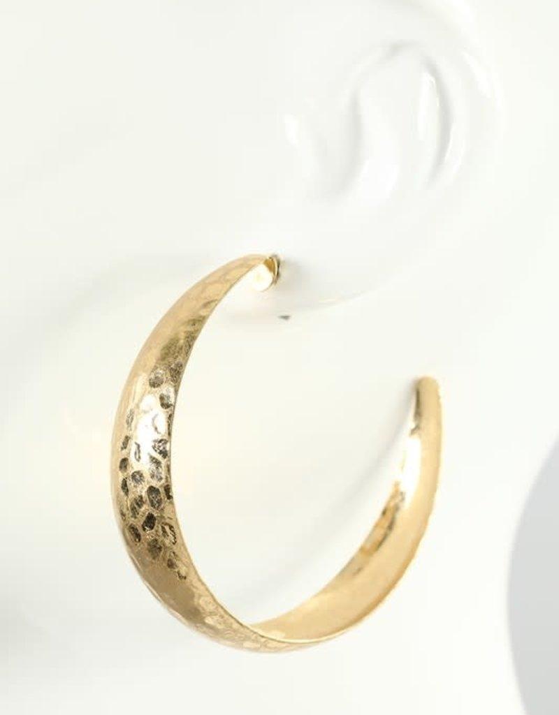 Hammered metal curved hoop earrings