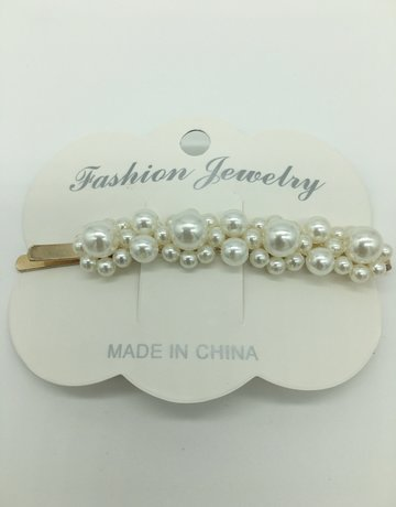 Pretty Simple Pearl Barrette Clip