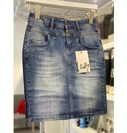 ISay Coco Jean Skirt