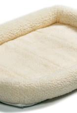 QUIET TIME BED CREAM 24X18