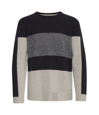 Casual Friday Pullover