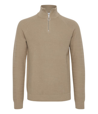 Casual Friday Quarter-zip pullover