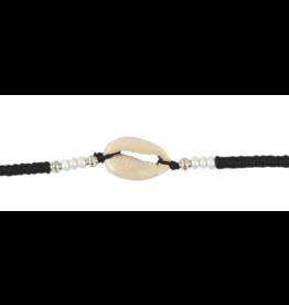 Cowry & Wood Bead Macrame Bracelet – Black/White