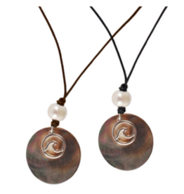 Shell Disc & Wave Leather Necklace