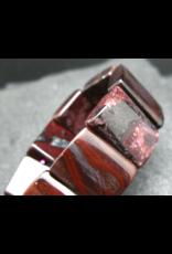 Bustamite Bracelet - 18mm Squared