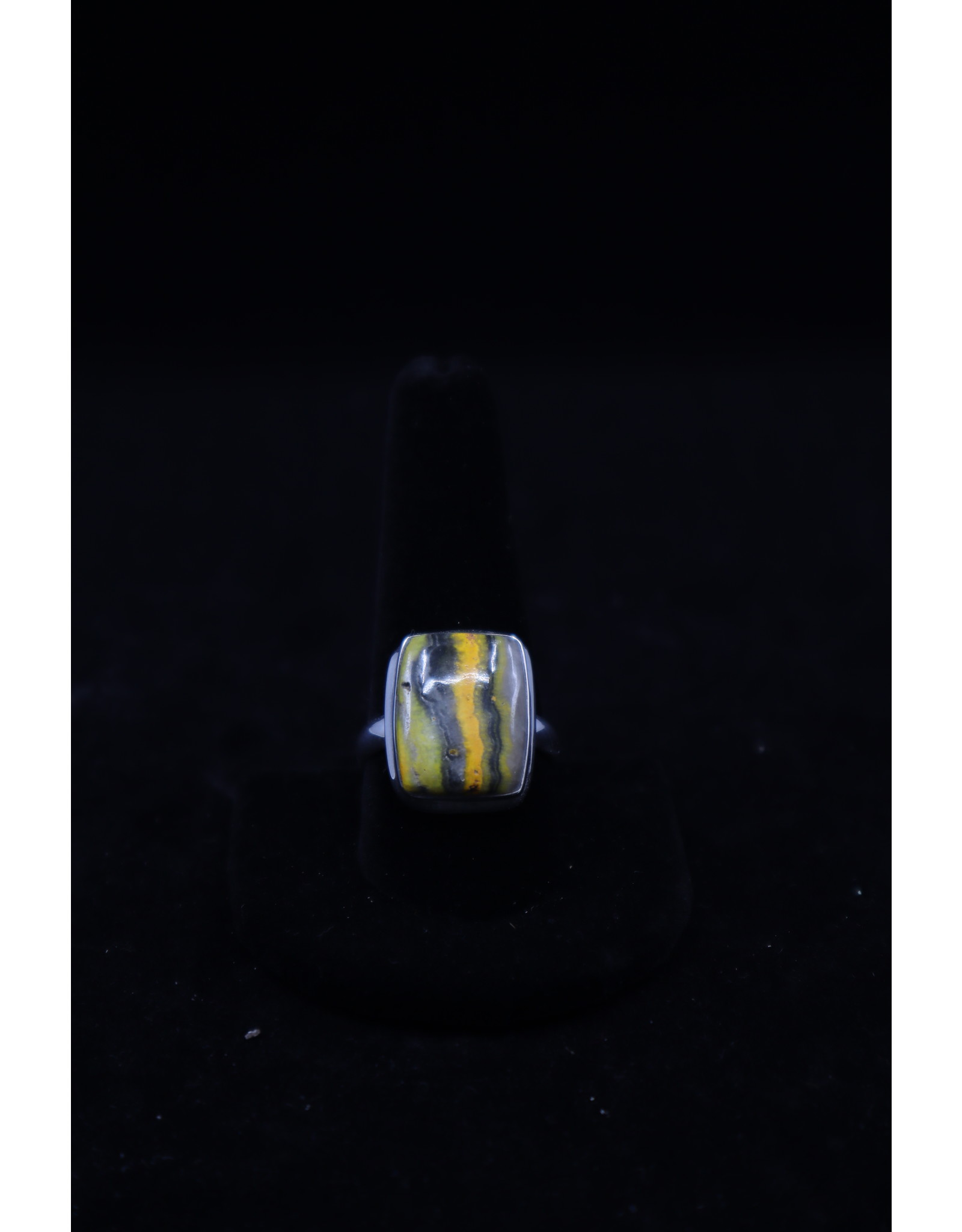 Bumblebee Ring - Size 11